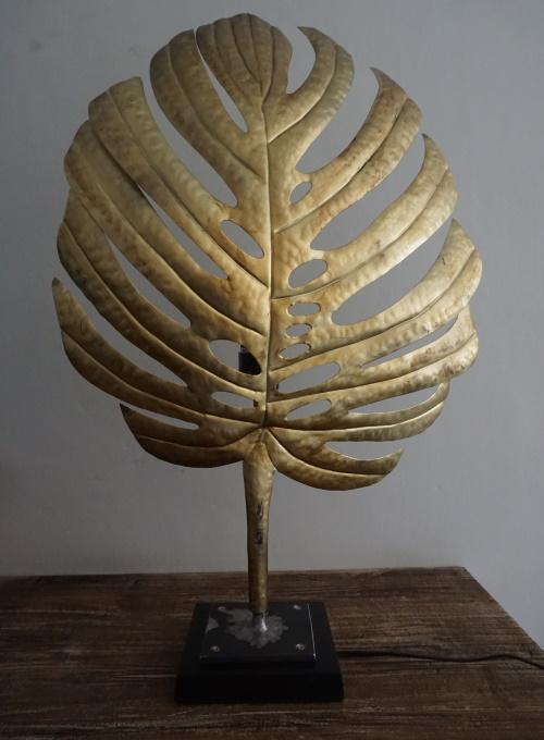 Tropical Leaf Lamp